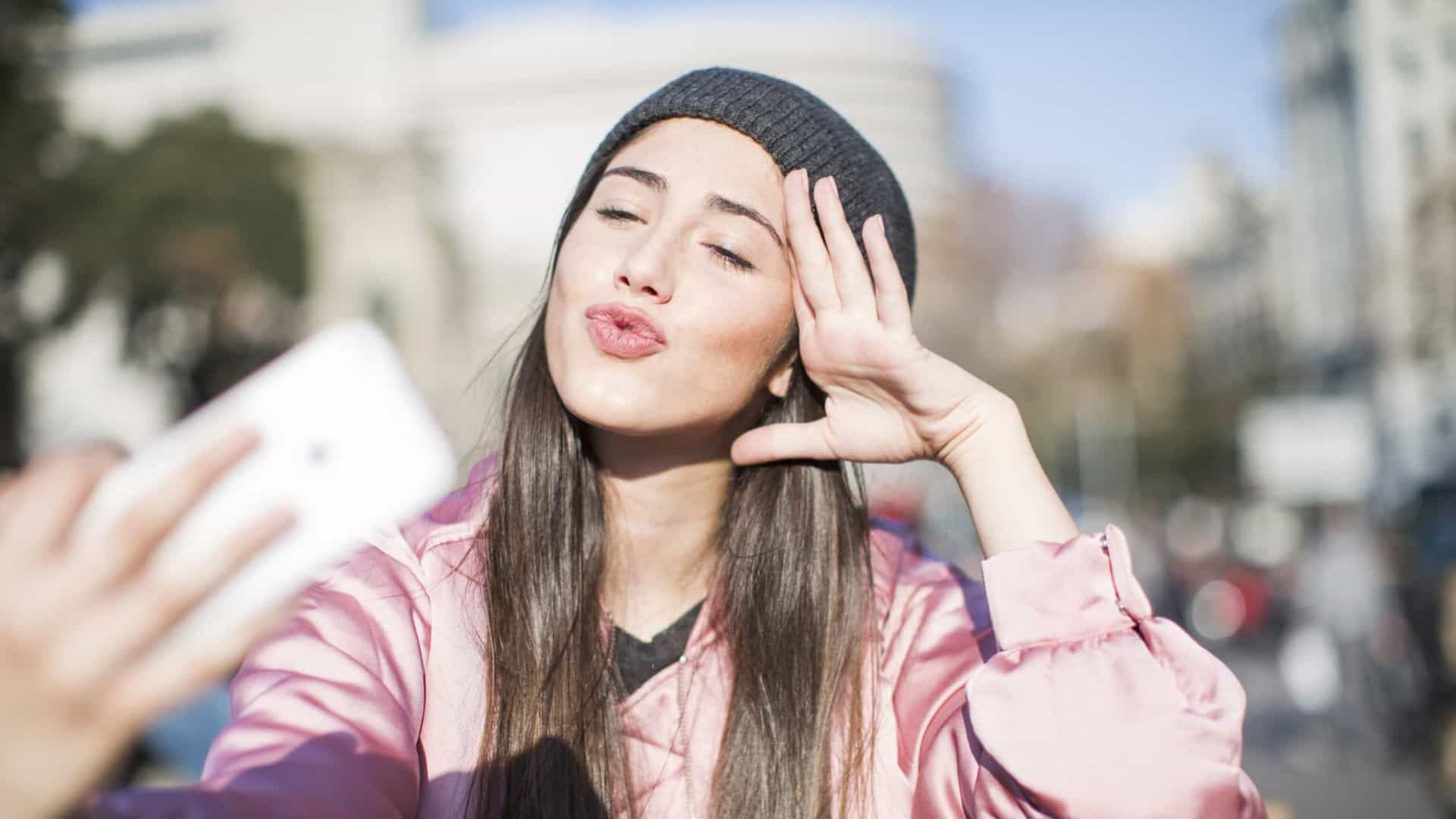 Redes sociais estão a afetar a saúde mental dos adolescentes, diz estudo
