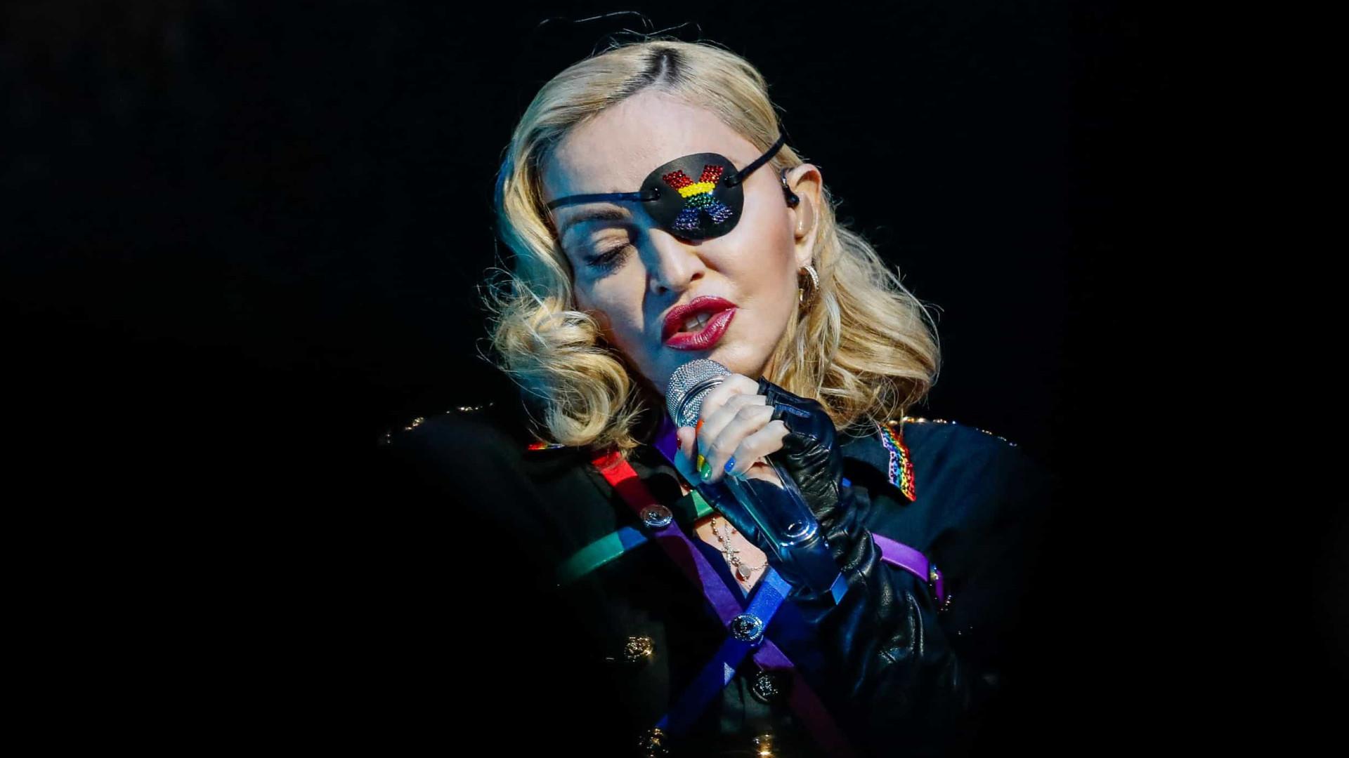 """Madonna cancela mais concertos e desabafa: """"Descansar é o melhor remédio"""""""