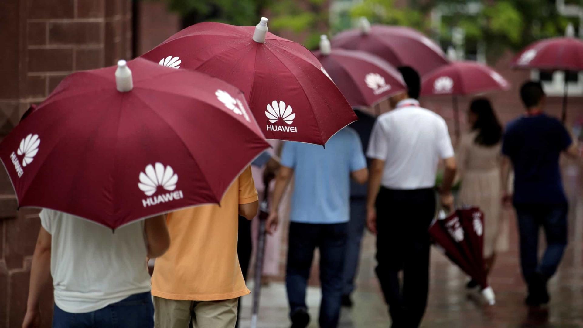 Novos topos de gama da Huawei serão compatíveis com 5G