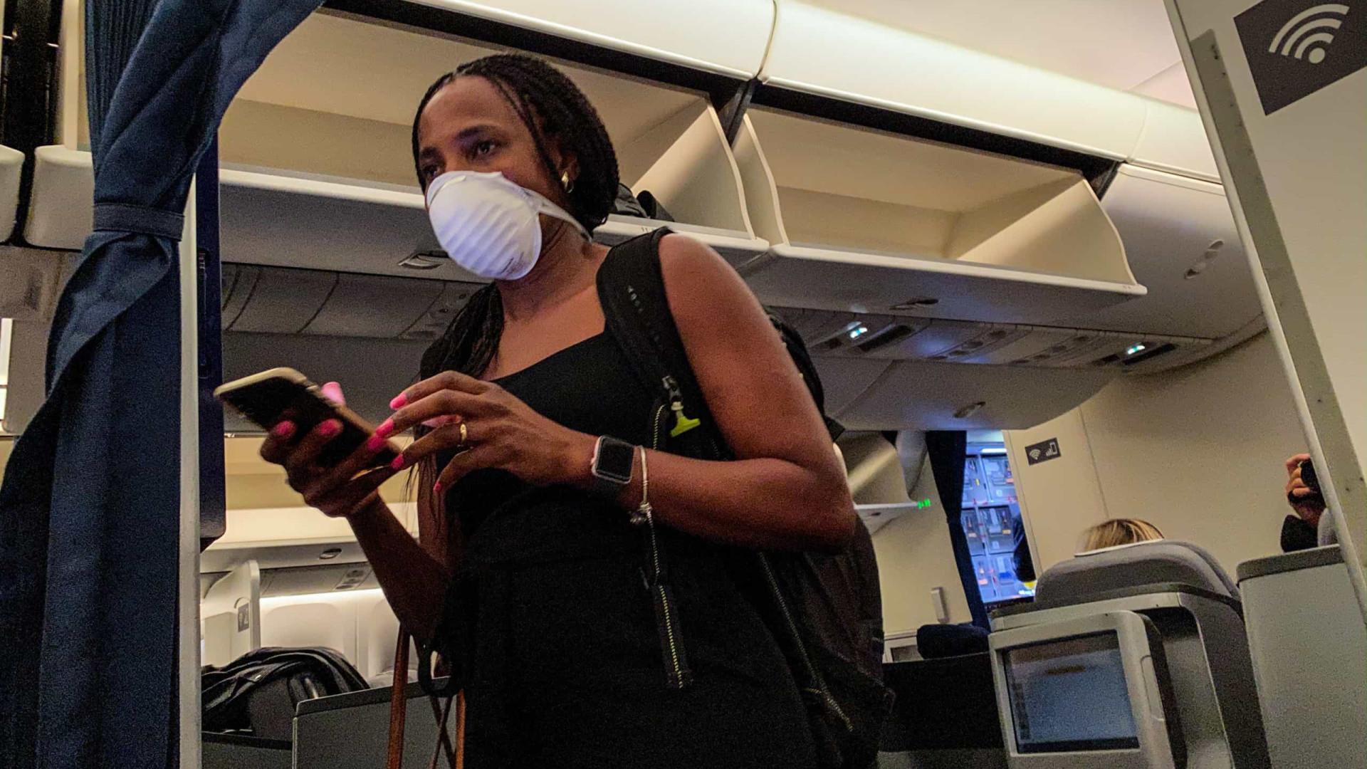 Covid-19: Sul-africanos alertados para fraude sobre dinheiro contaminado