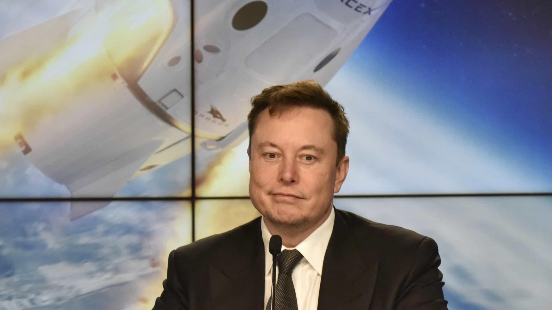 Elon Musk anuncia que tirará férias do Twitter