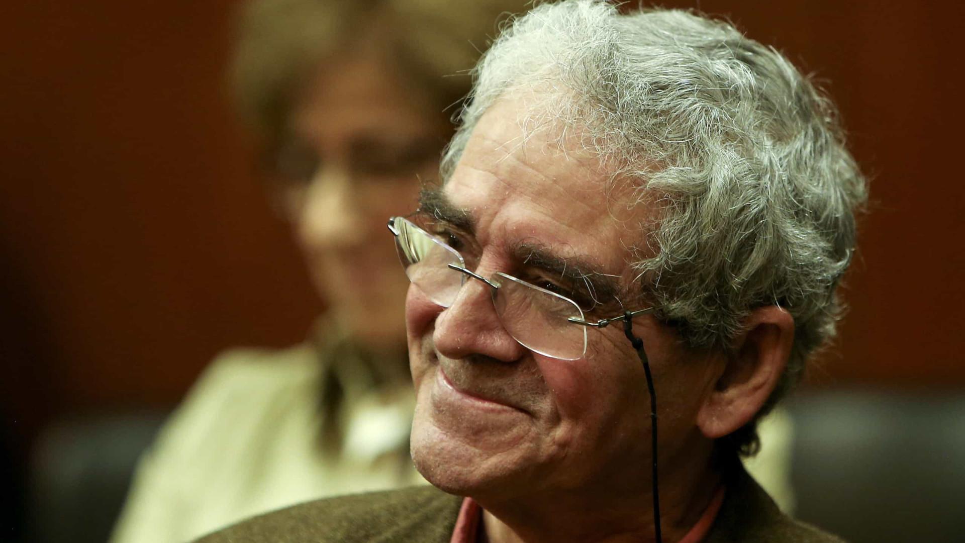 65 autores de língua portuguesa propostos para tradução para alemã