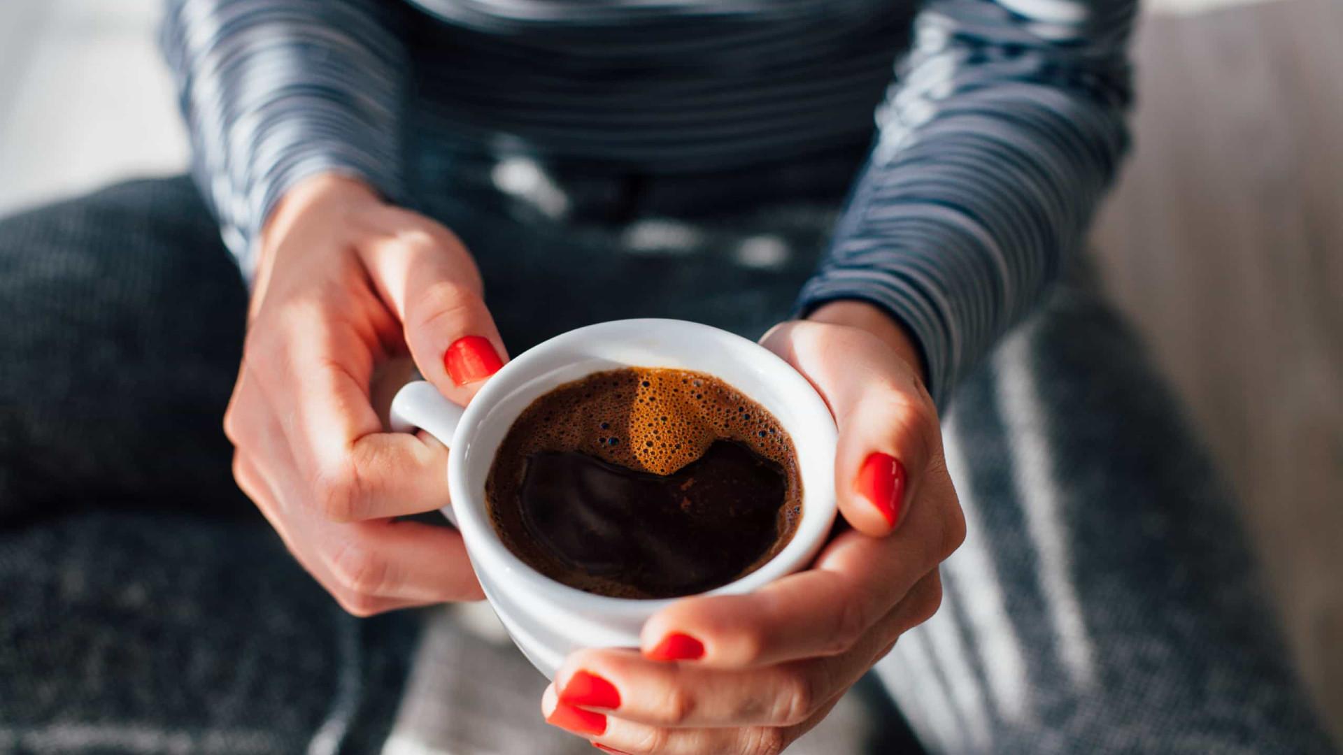 Café e demência: Será que a bebida pode salvar a nossa memória?