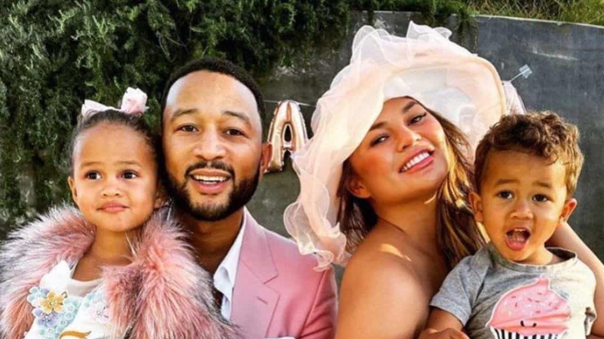 John Legend e Chrissy Teigen vão ser pais pela terceira vez