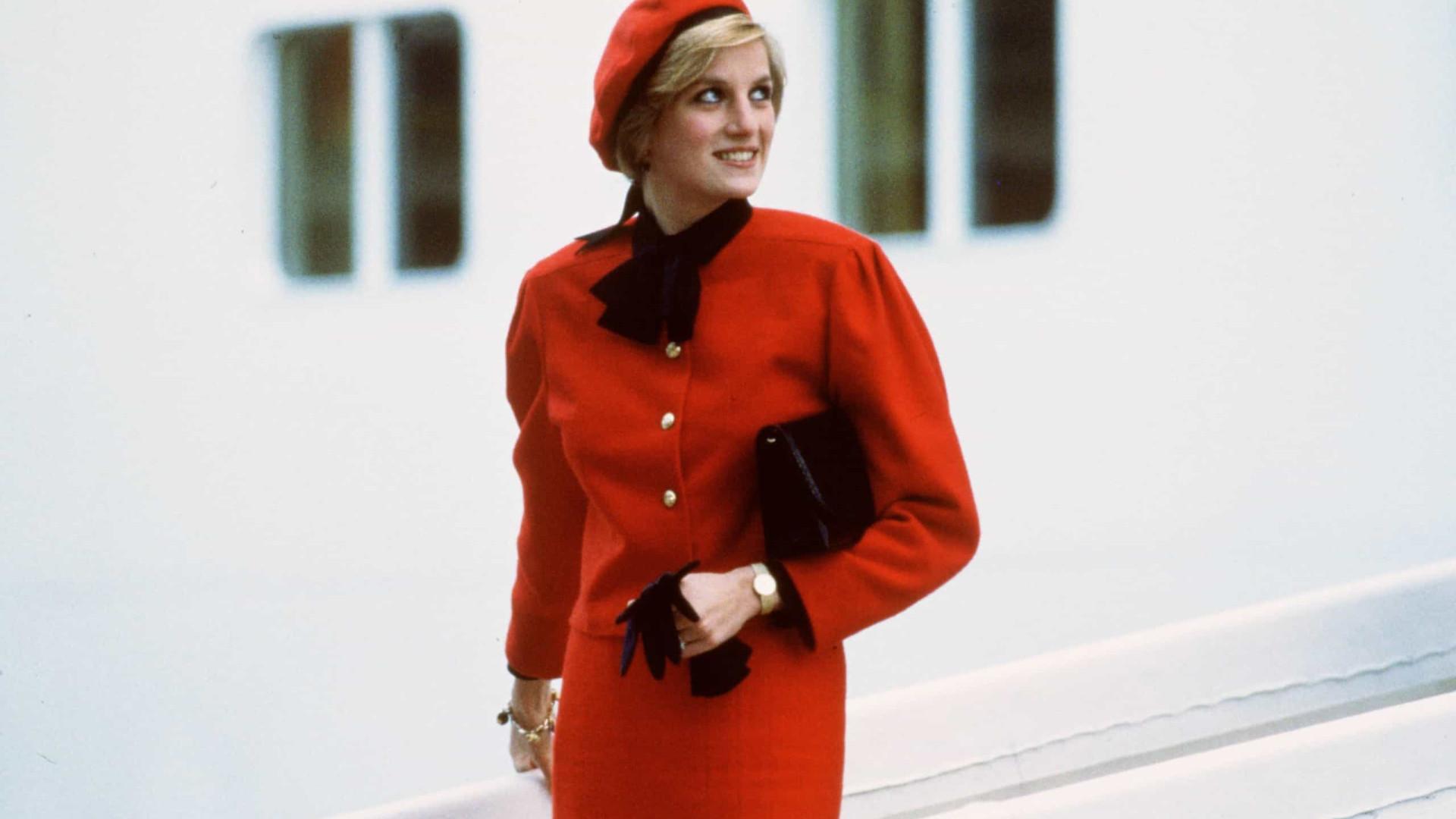 Visuais de outono intemporais que brilharam na pele da princesa Diana