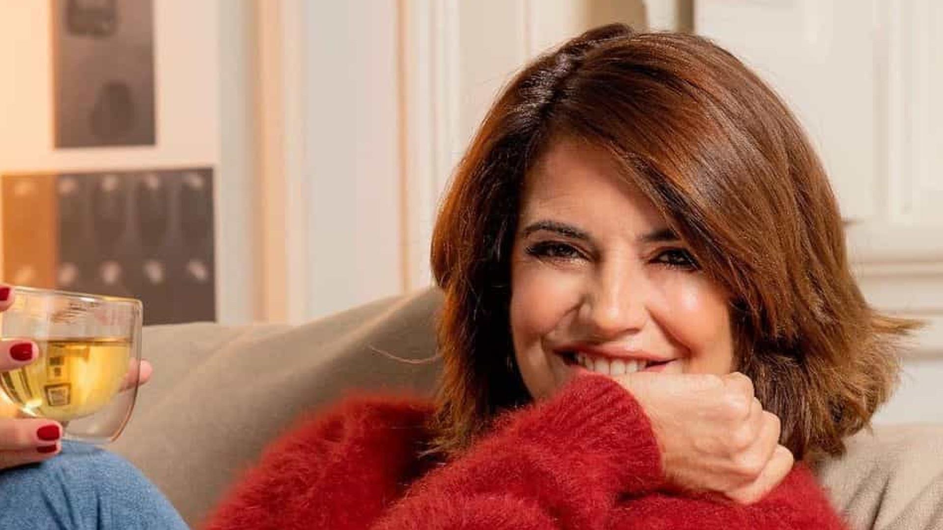 Bárbara Guimarães surpreendida pela filha com presente encantador