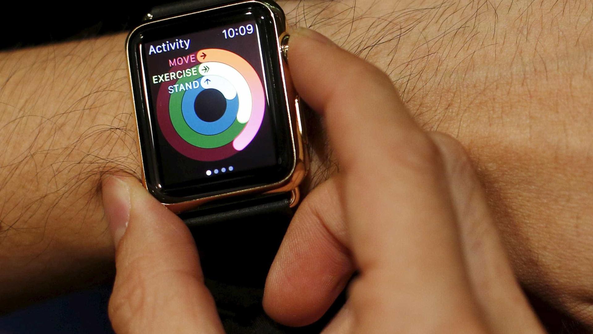 Investigação usa Apple Watch para detetar Covid-19