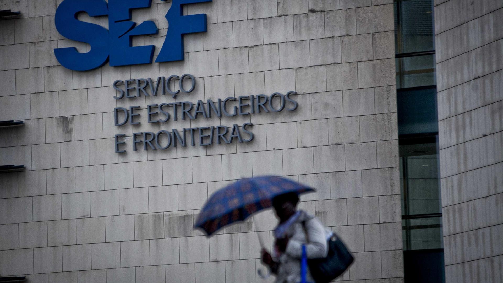 """Associação de imigrantes denuncia """"máfias"""" que vendem agendamentos no SEF"""