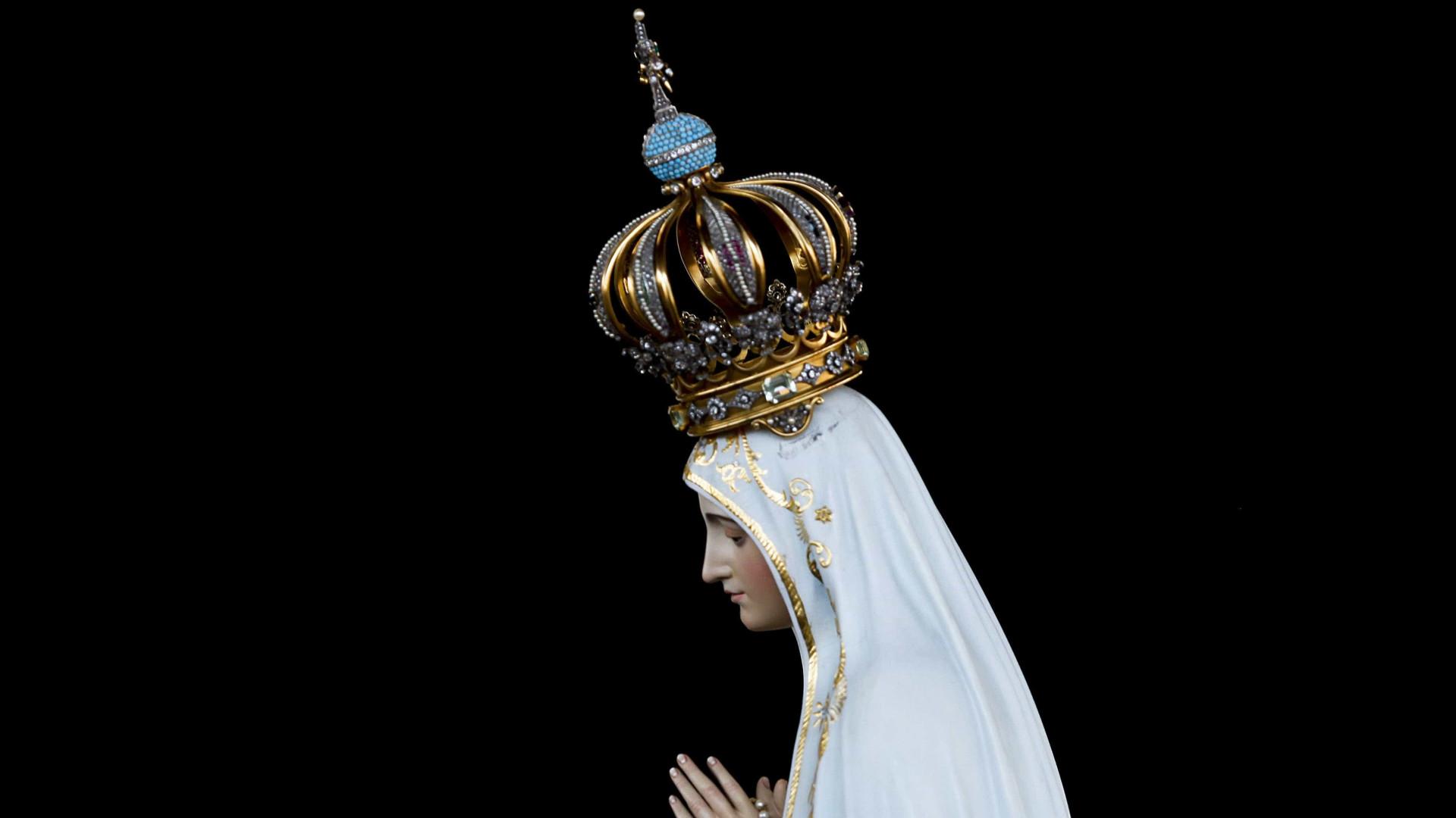 Dois Papas Pedem Emprestada Nossa Senhora De Fatima