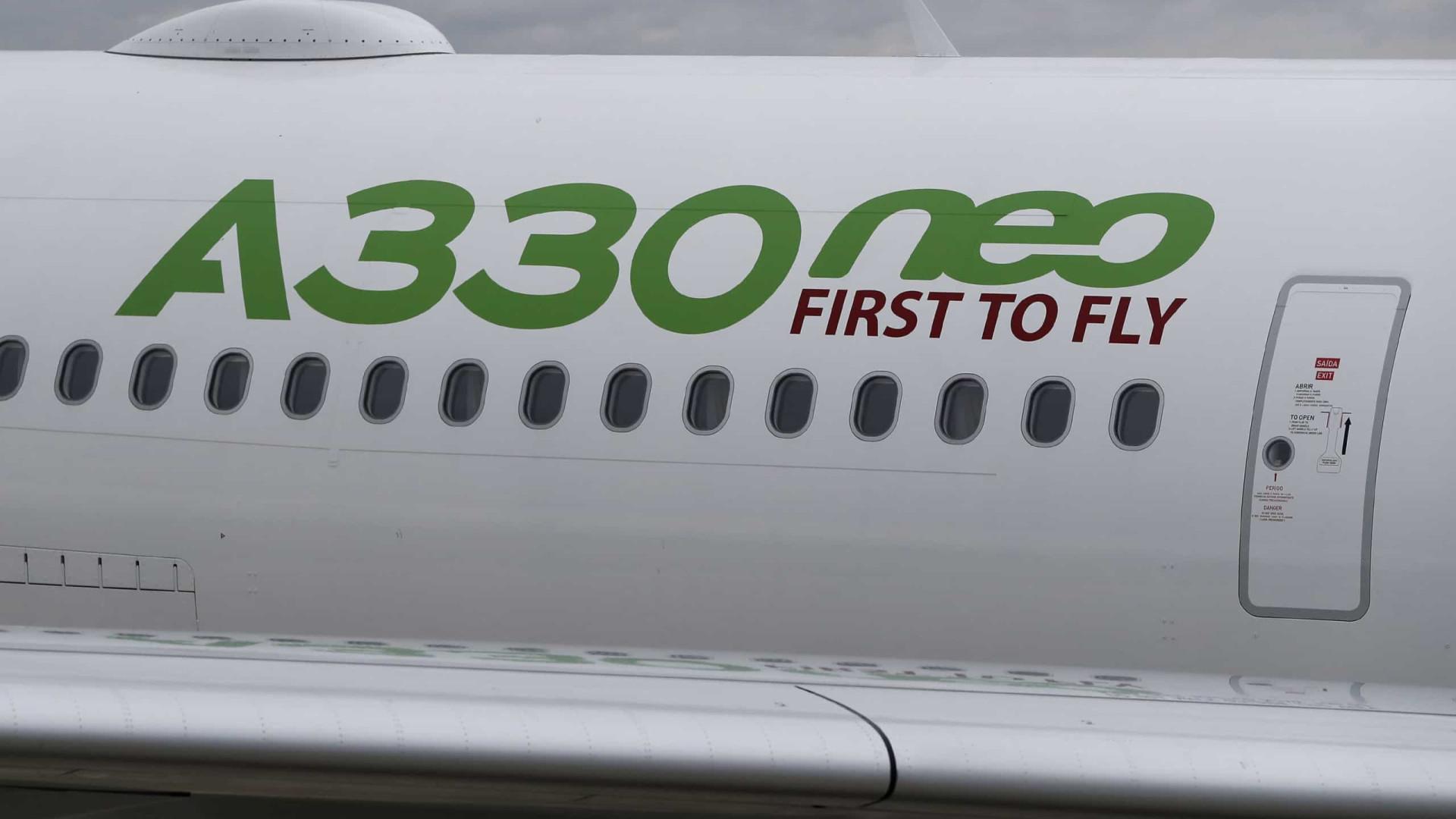 """Airbus nega relação entre """"cheiros estranhos"""" e mal-estar de passageiros"""
