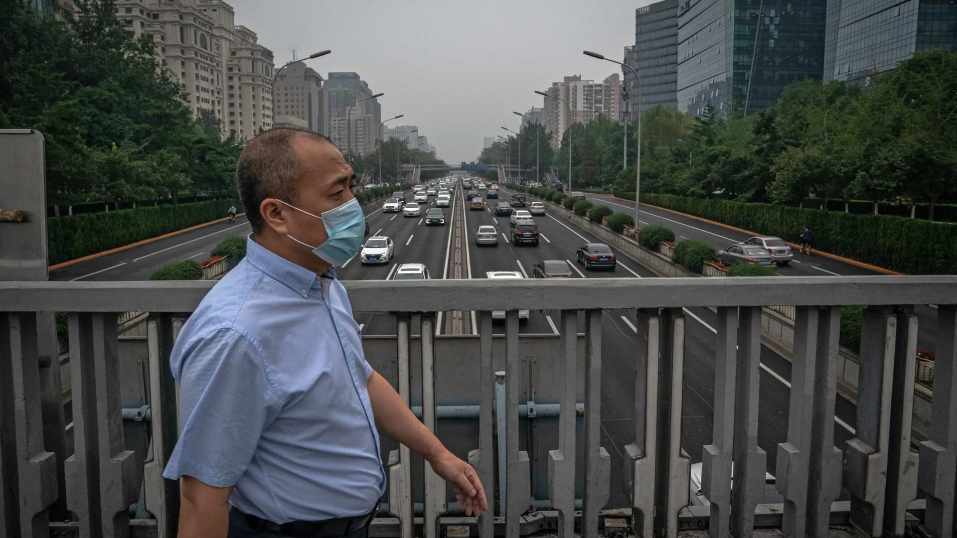Covid-19: China com quatro casos nas últimas 24 horas, um em Pequim