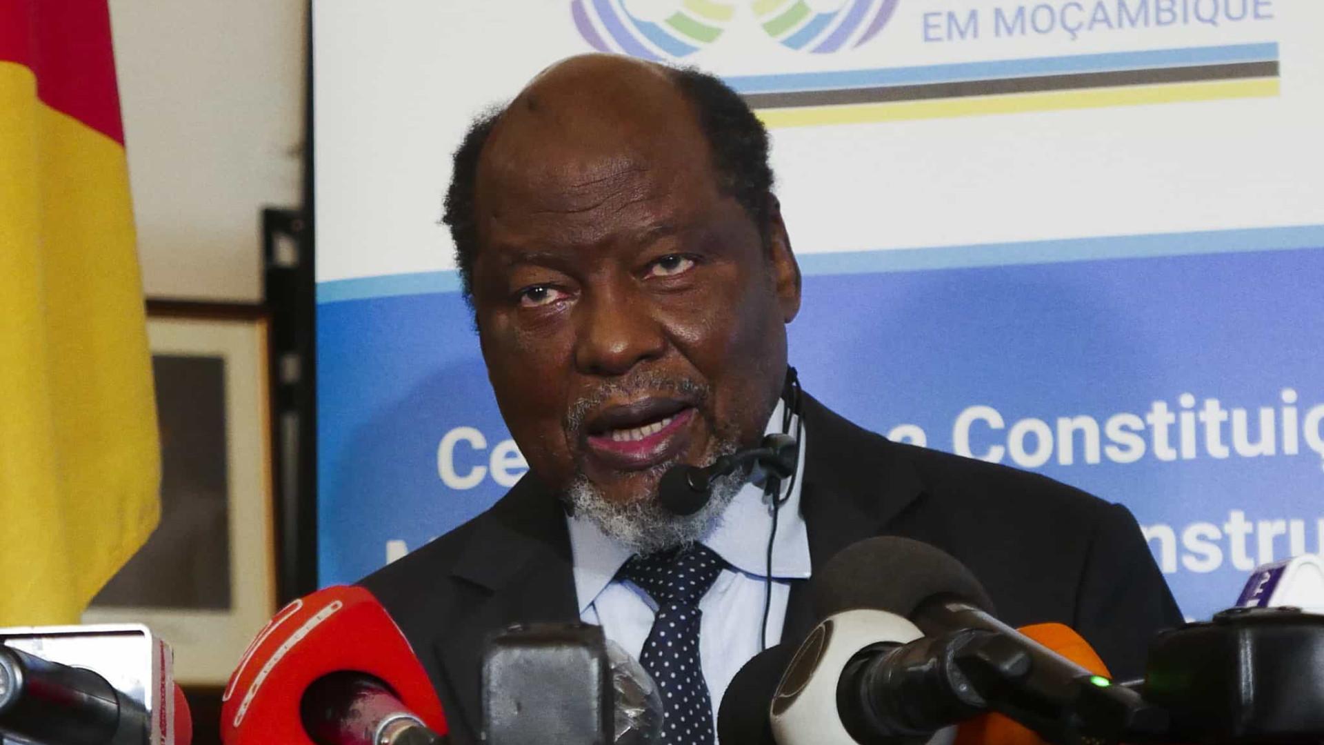 Ex-PR Chissano defende esforços para que ninguém siga caminho de Nhongo