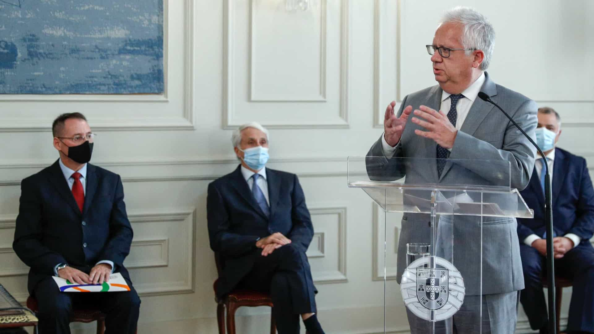 Proteção Civil vai estar envolvida na distribuição de vacinas da Covid-19
