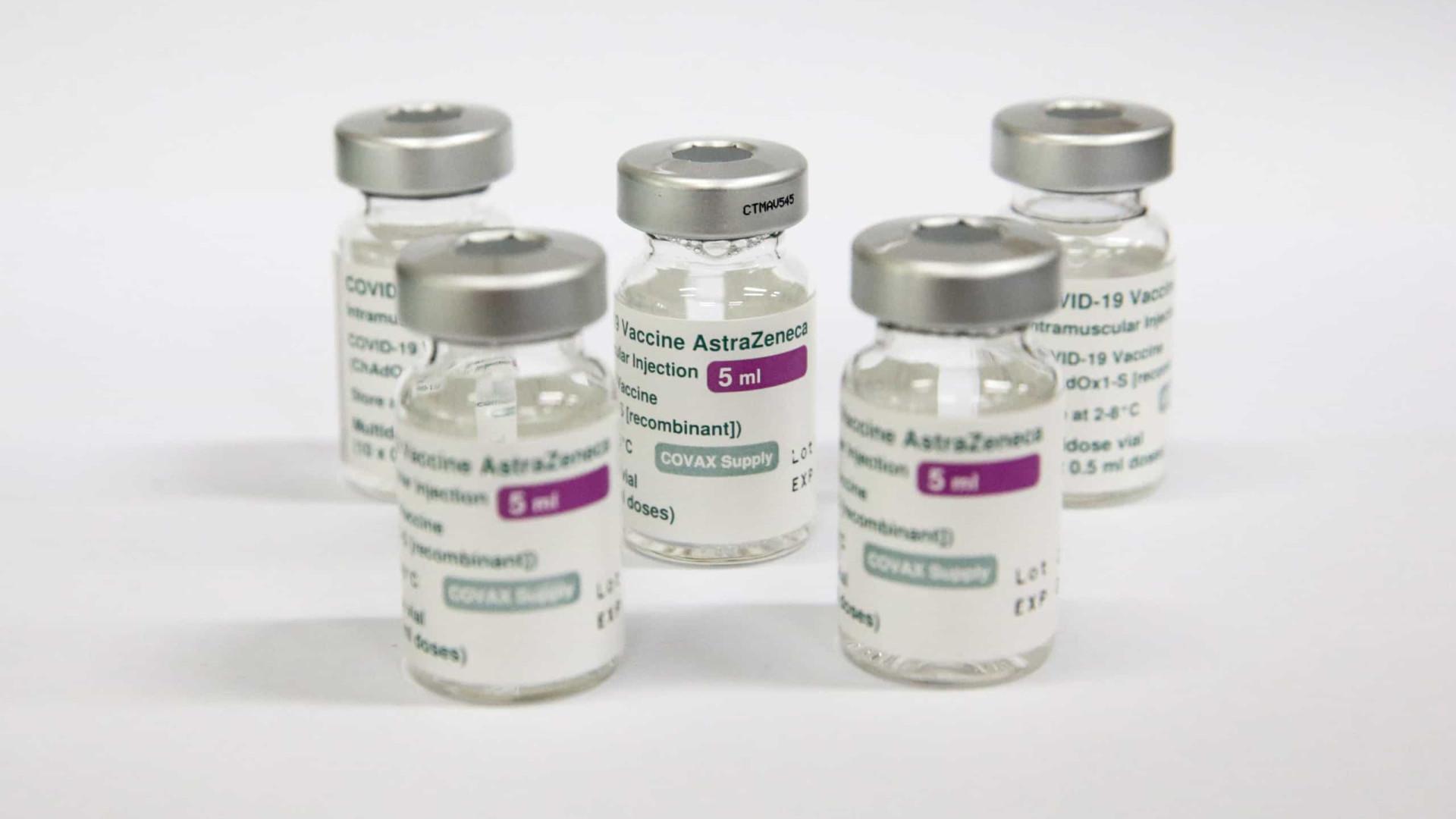 Brasil recomenda a suspensão da vacinação com AstraZeneca em grávidas
