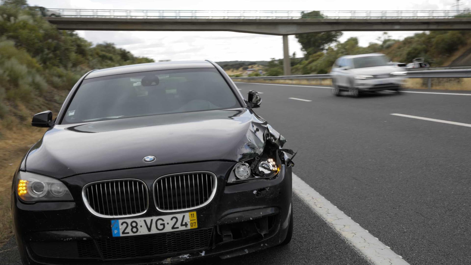 Aberto inquérito a morte de trabalhador atropelado na A6 por carro do MAI