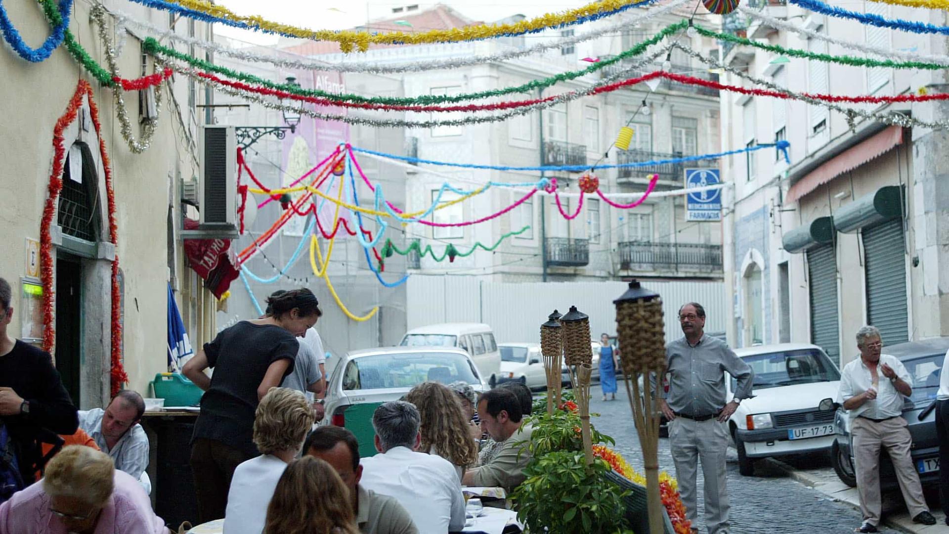 Casamentos Arraiais E Marchas Pintam Lisboa No Santo Antonio