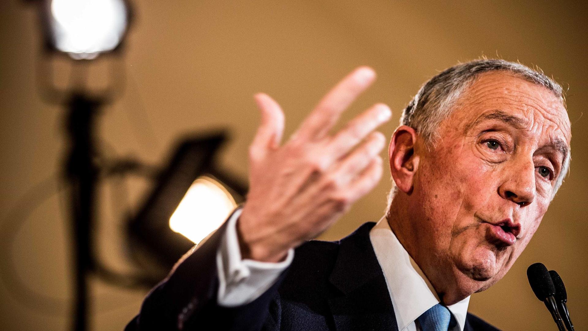 Marcelo invoca Chirac como alerta para riscos da dissolução do parlamento