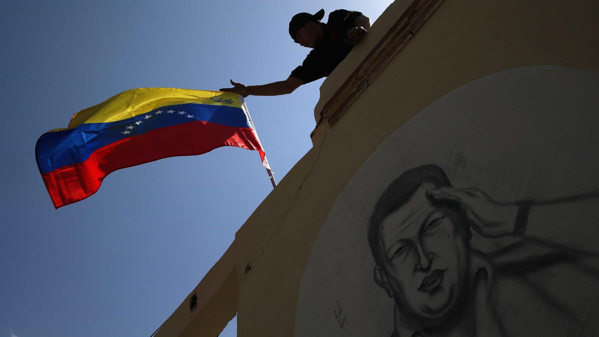 Presença russa em exercícios causa tensão entre Caracas e Brasília