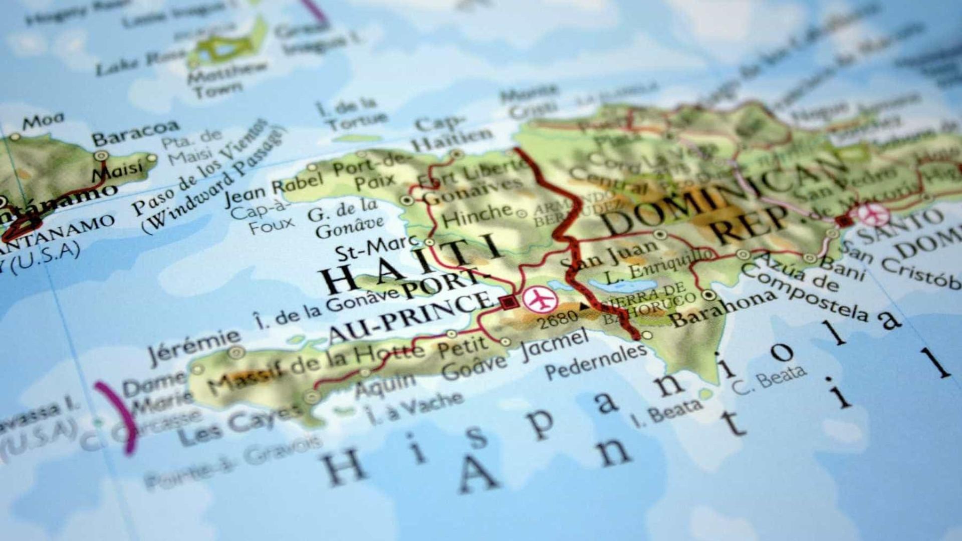 Agentes fora de serviço envolvem-se em tiroteio com militares haitianos