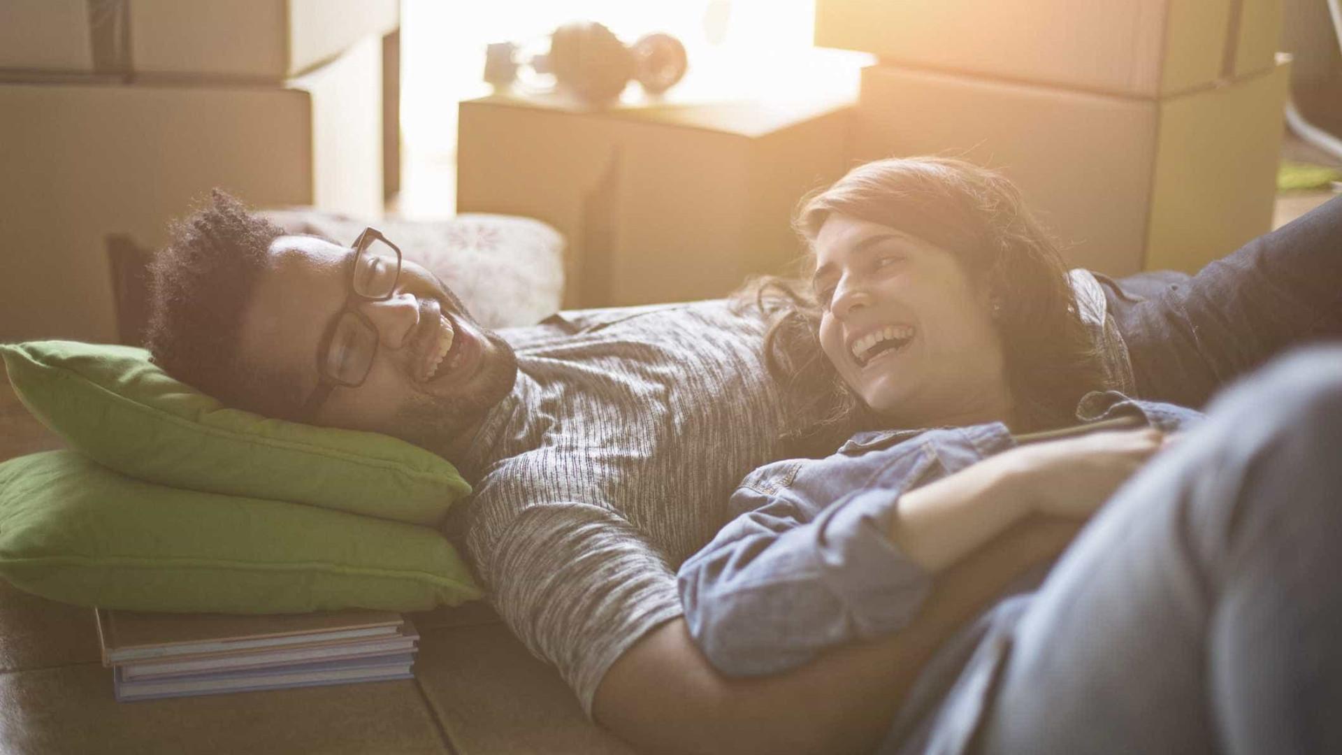 Comprar casa antes dos 30 anos só tem uma desvantagem. Saiba as vantagens