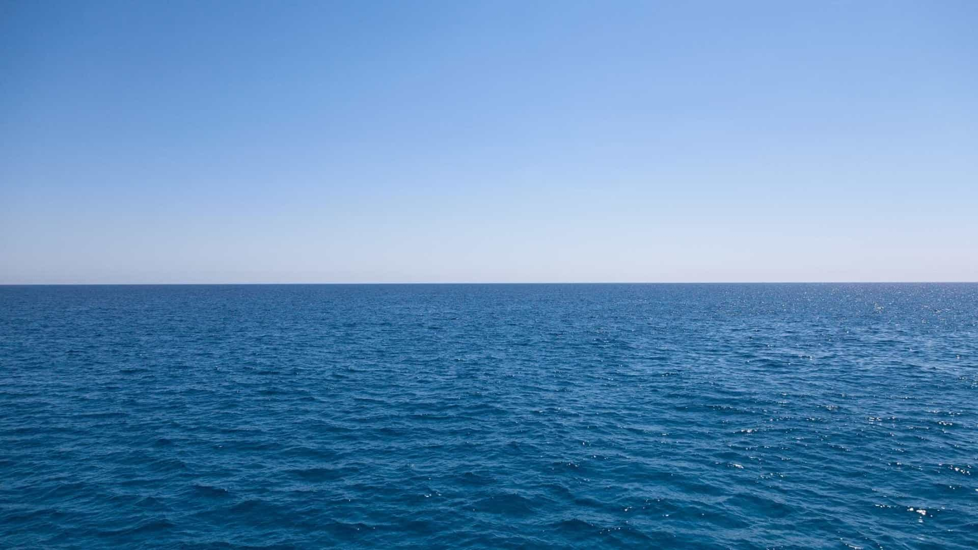 Porque E Que A Agua Do Mar E Azul E Nao Transparente