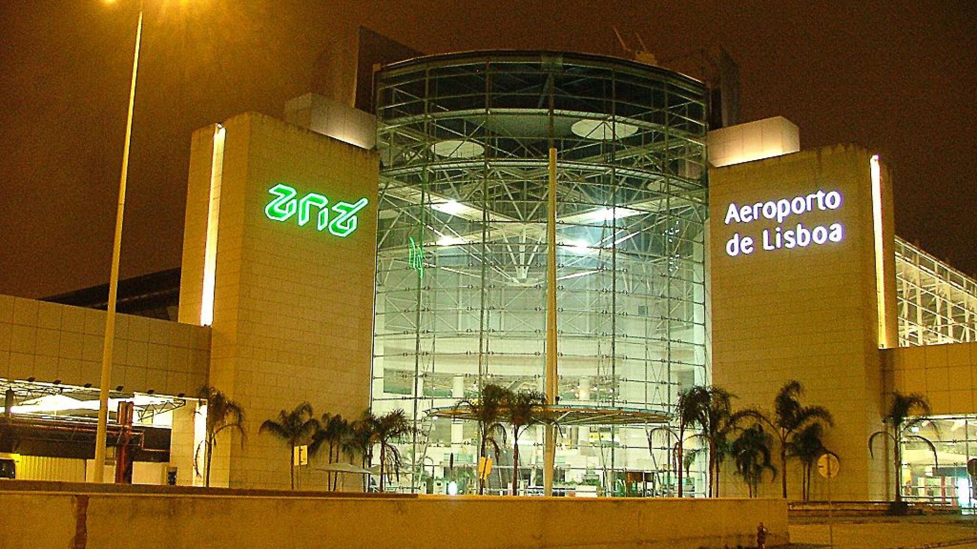 Aeroportos portugueses com 4.ª maior quebra entre 12 países