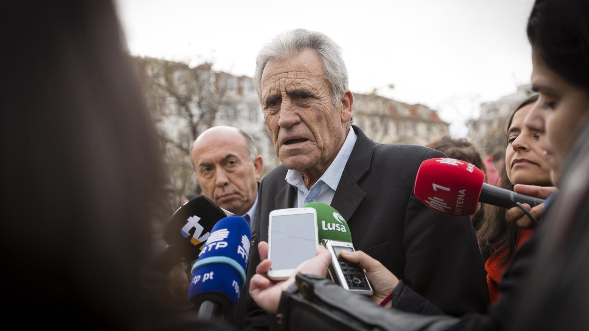 """Jerónimo diz que SNS está """"sob fogo cerrado"""" e apela a """"grande debate"""""""