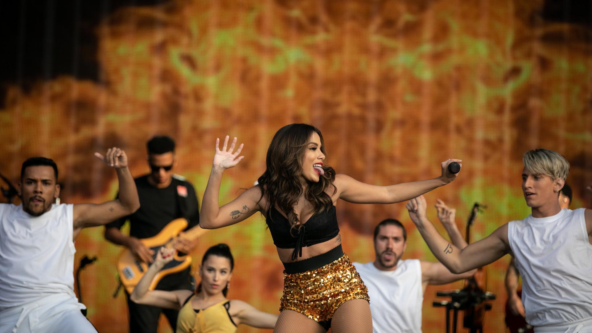 ANITTA DOWNLOAD DE MUSICA GRATIS SHOW GRATUITO DAS PODEROSAS