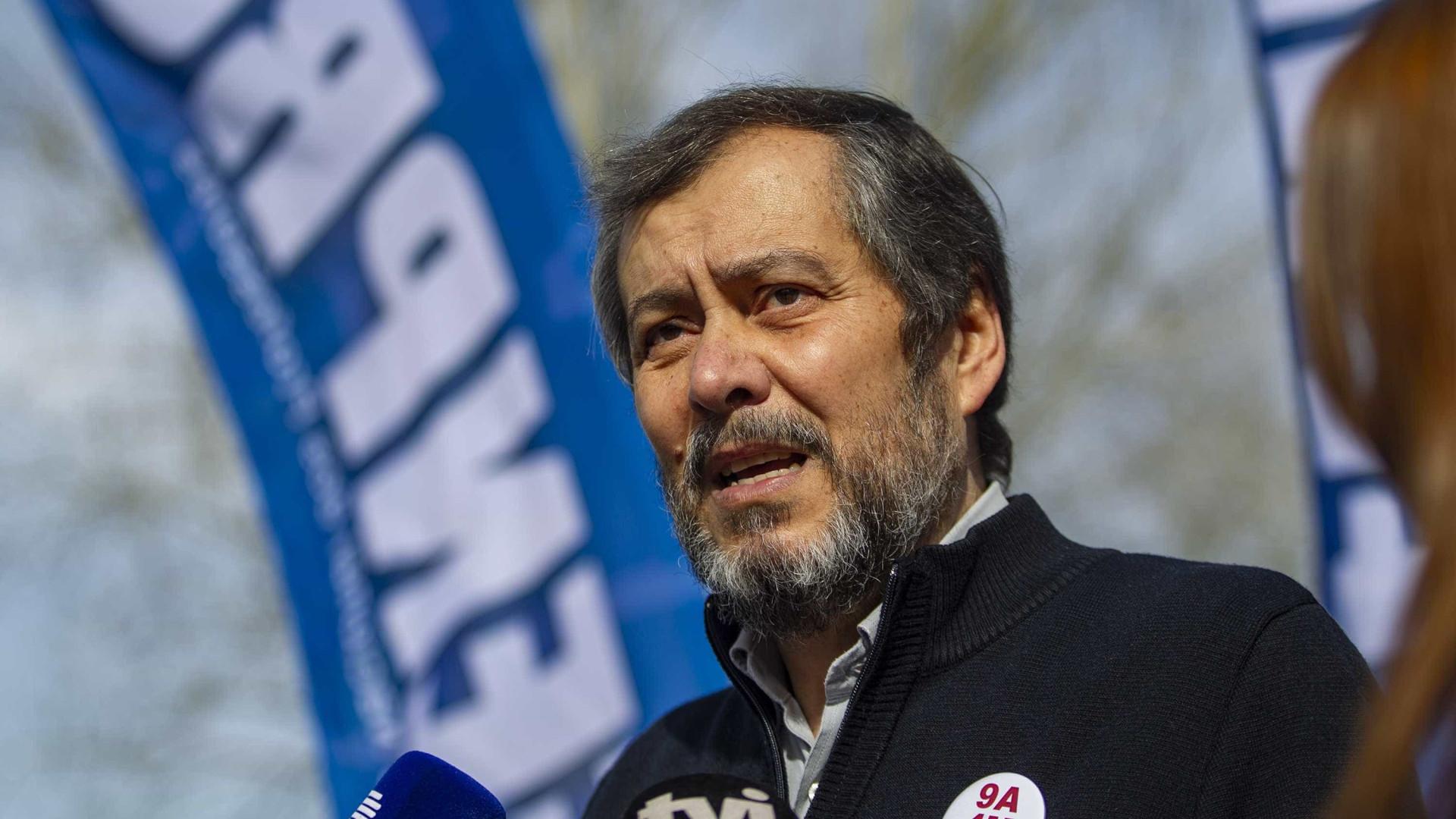 """Fenprof sai à rua contra  """"insustentável bloqueio negocial"""""""