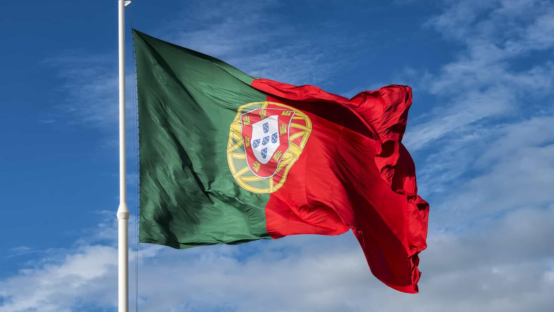 Moody's melhora 'rating' de Portugal para Baa2 e perspetiva estável