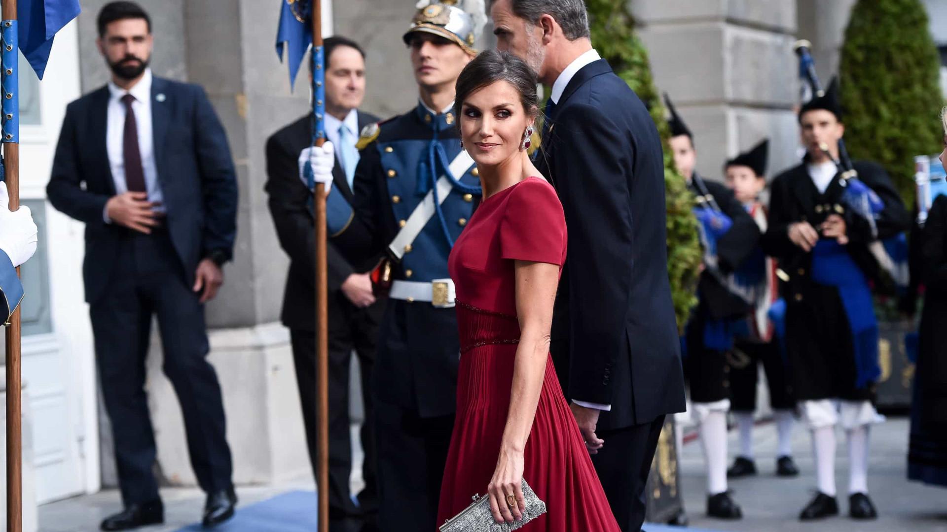 """A escolha da rainha Letizia para uma noite """"repleta de simbolismo"""""""