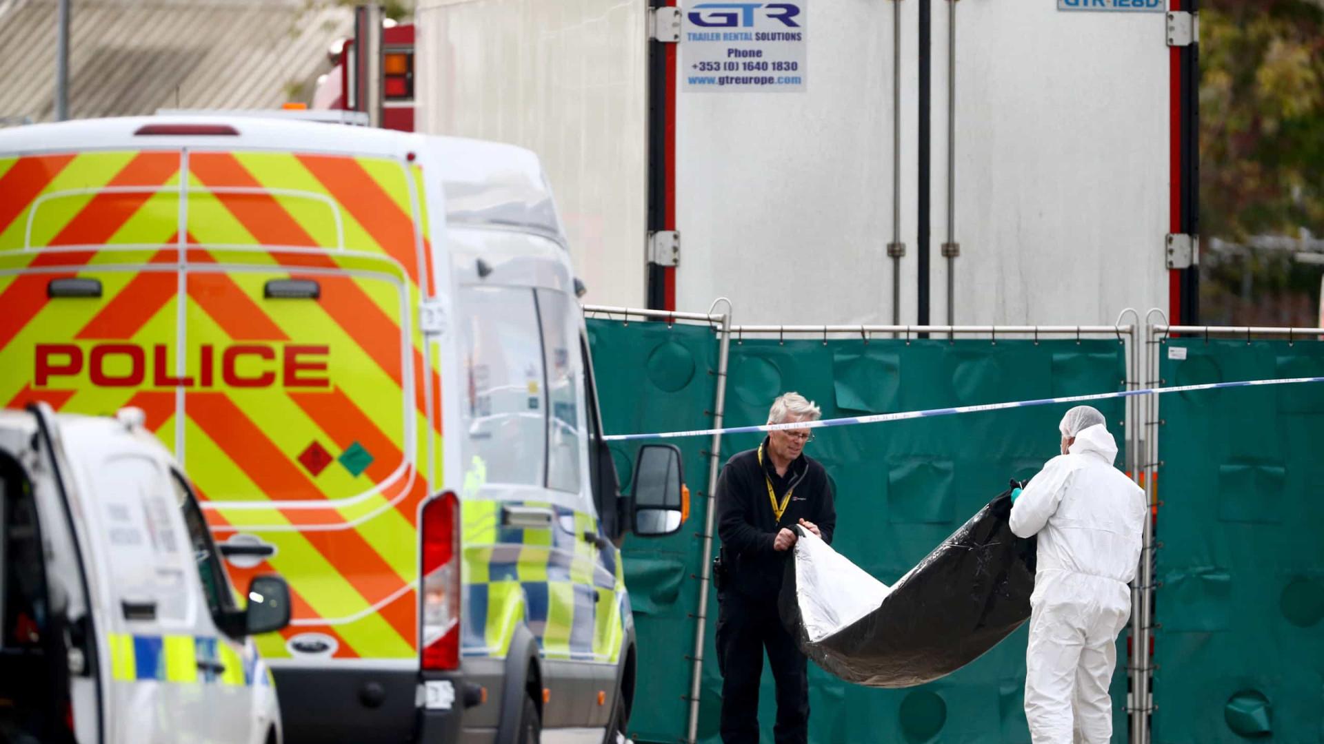 Essex: Famílias sem dinheiro para repatriar corpos de 39 migrantes