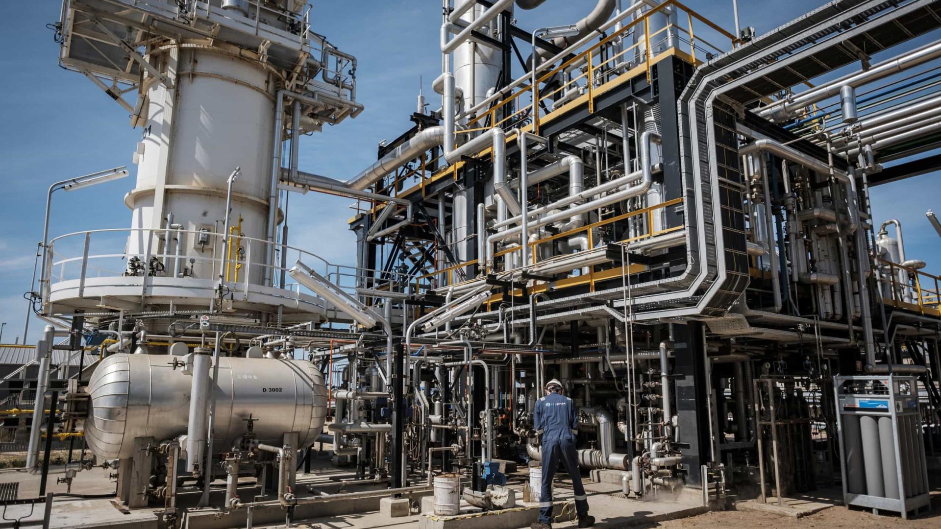 """Denunciados """"despedimentos ilegais"""" de consórcio na refinaria de Sines"""