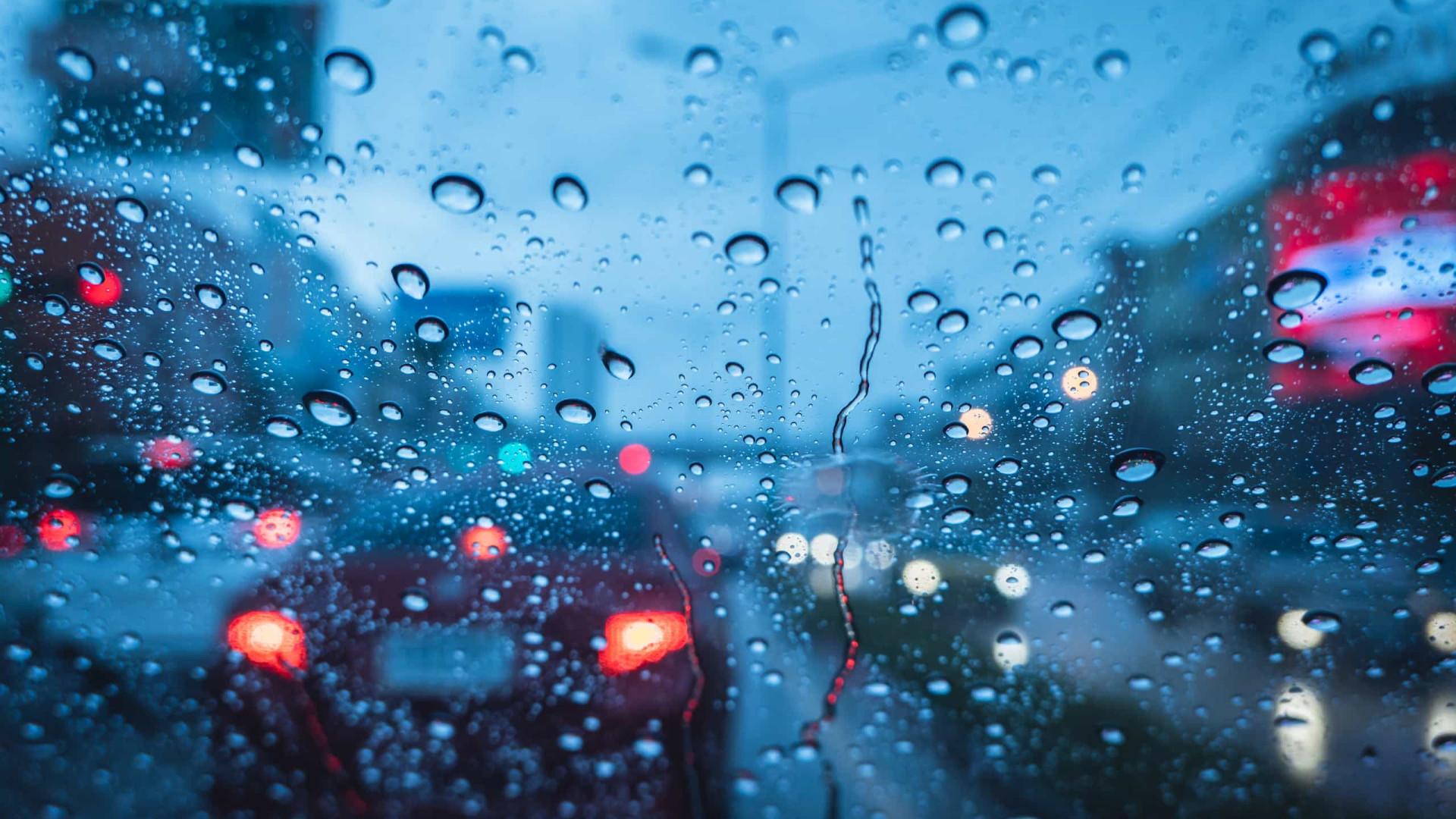 Aviso Amarelo. Semana começa com chuva, vento, neve e agitação marítima