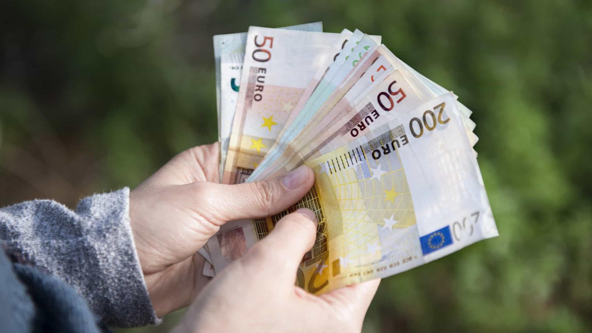 Recebe até 659 euros por mês? Está isento de retenção na fonte