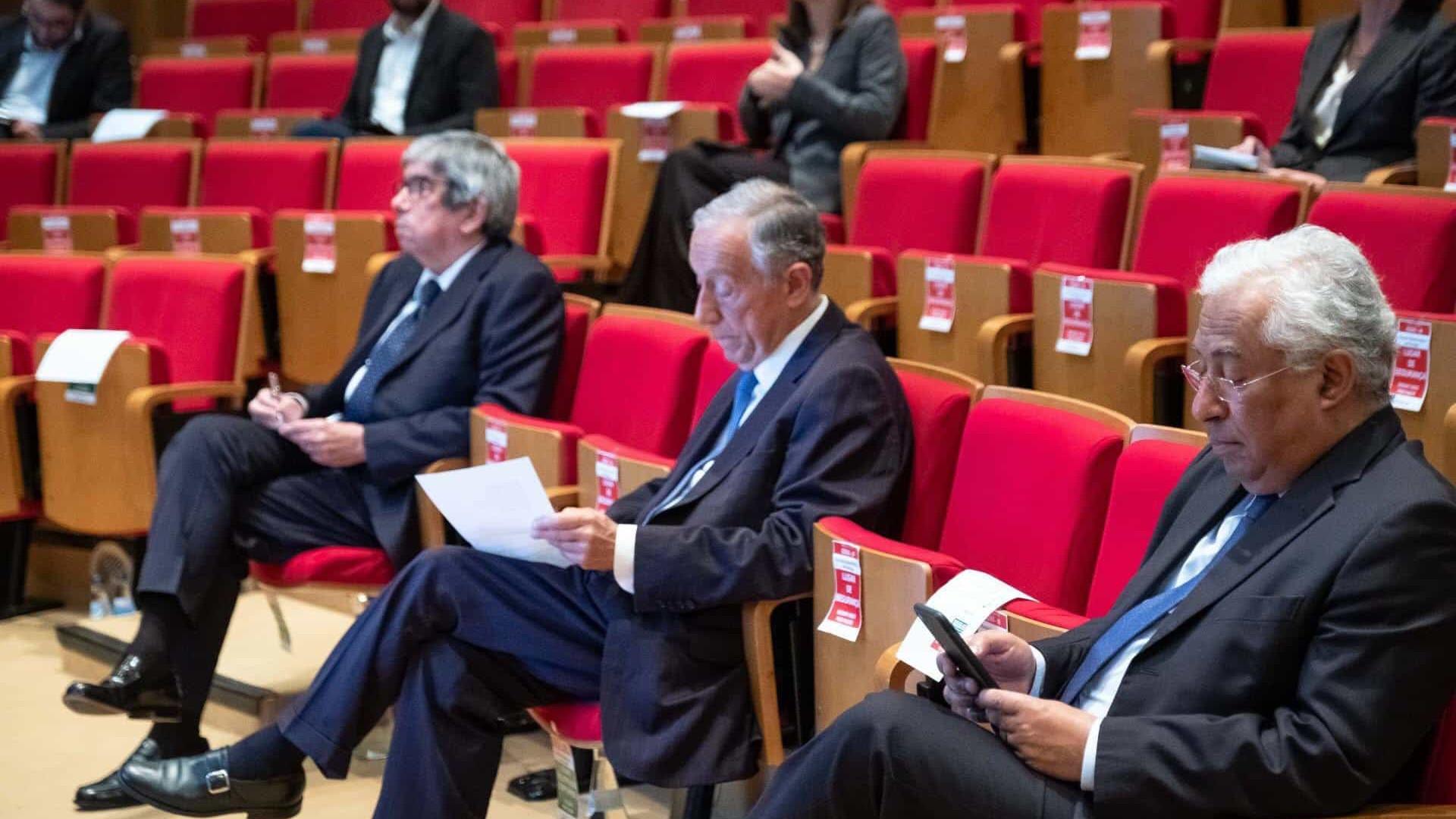 """Covid-19. Governo com """"abertura para retomar as reuniões"""" no Infarmed"""