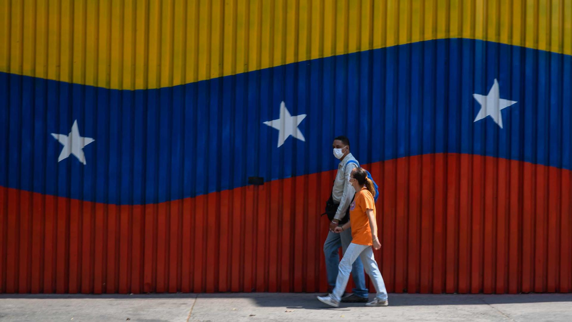 """Luso-venezuelanos devem ultrapassar os """"complexos"""" sobre falar português"""