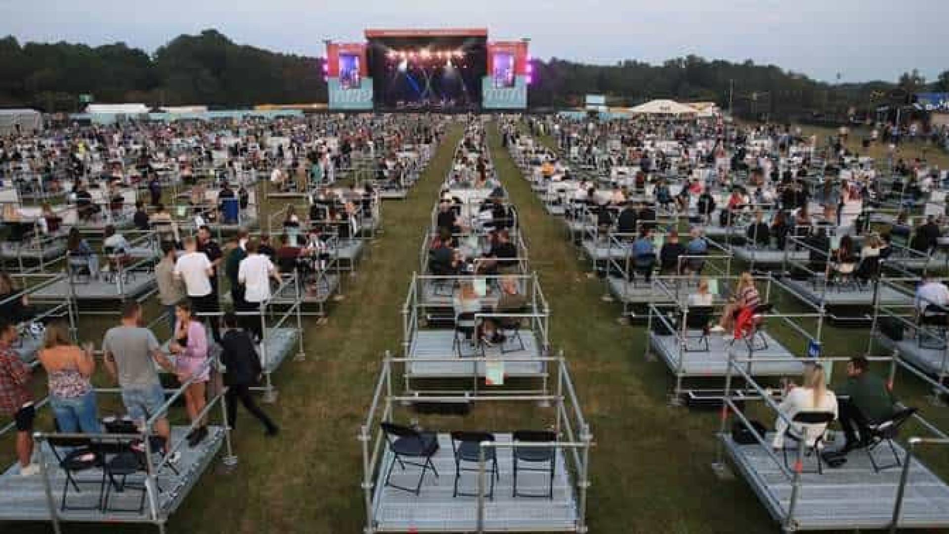 Reino Unido recebe o 1º concerto em arena com distanciamento social