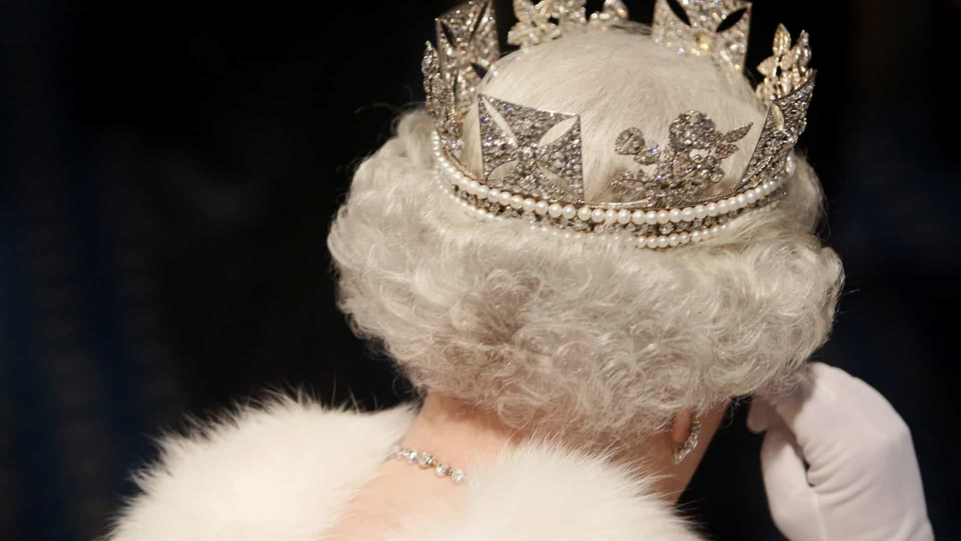 Novidades da Netflix continuam. Revelada data de estreia de 'The Crown'
