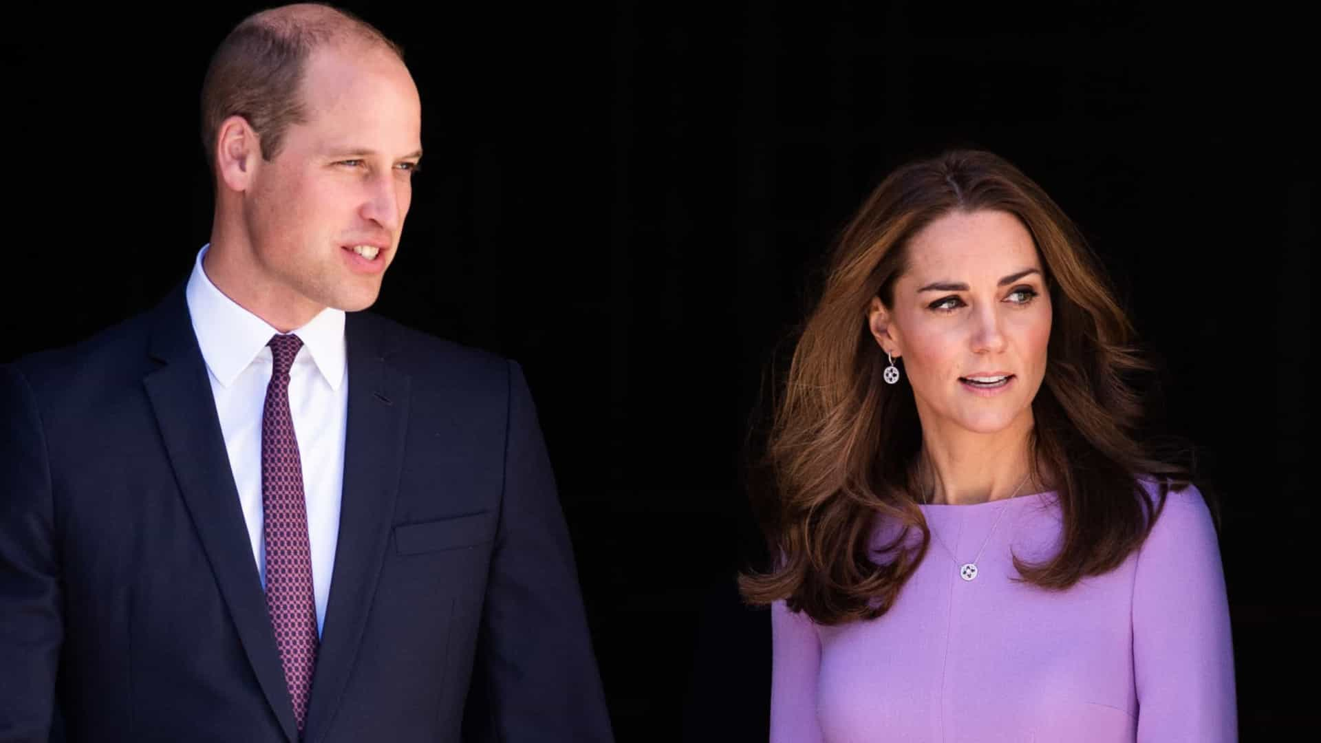 Kate Middleton e William prestam tributo ao príncipe Filipe