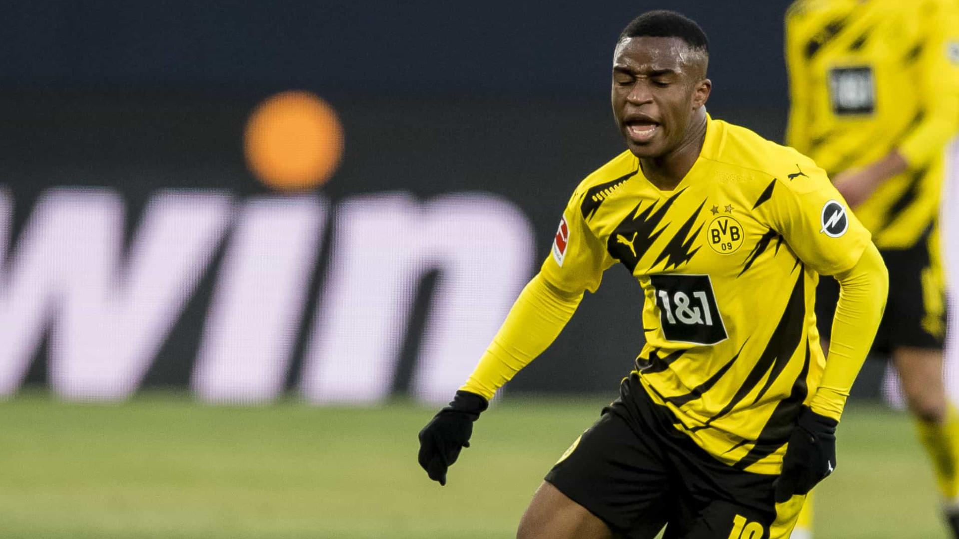 Prodígio do Dortmund discutiu com ex-namorada e trancou-a em casa