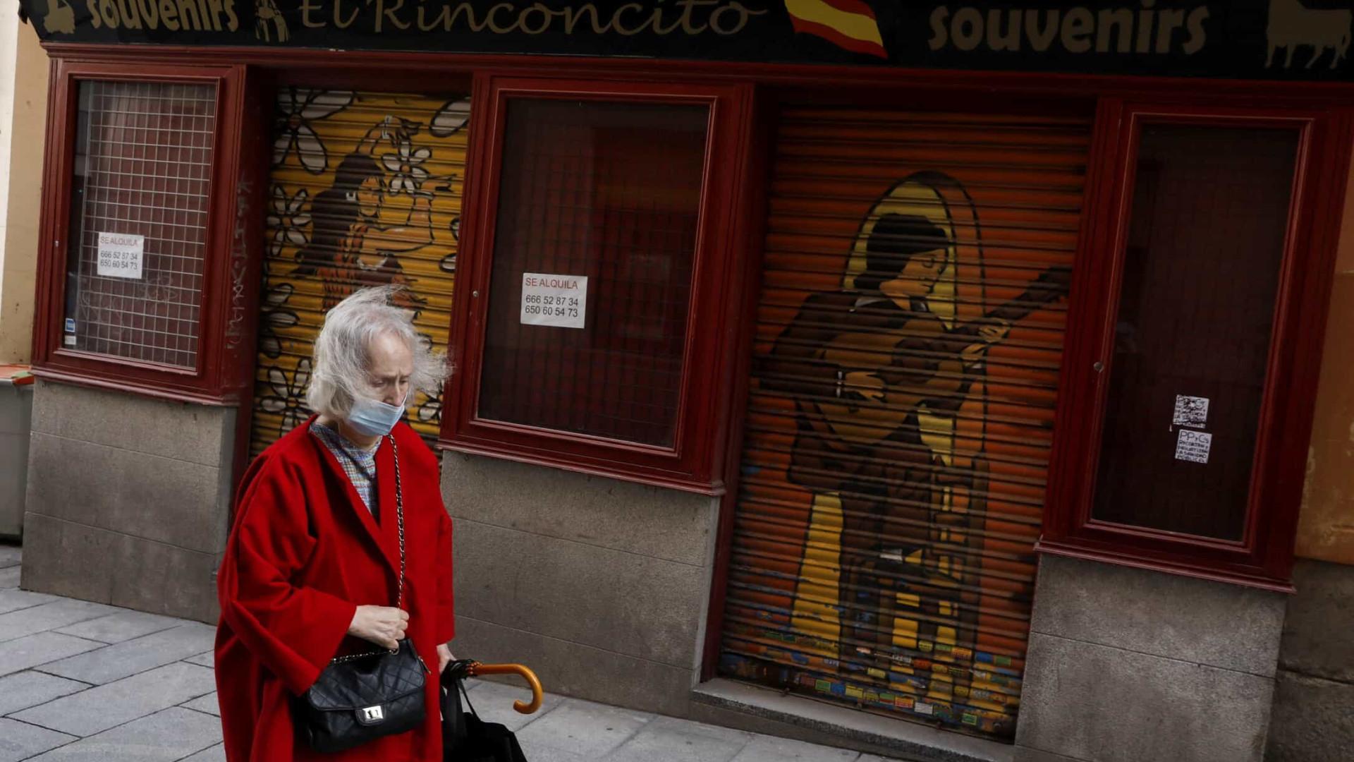 Espanha notifica 4 mil casos e 30 óbitos. Incidência mantém-se estável
