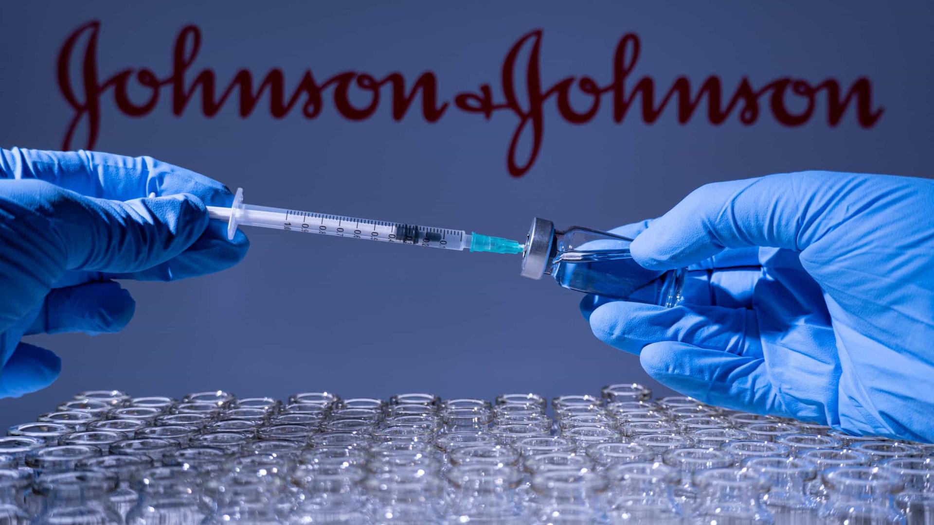 Entrega de vacinas Johnson & Johnson nos EUA diminuirá drasticamente