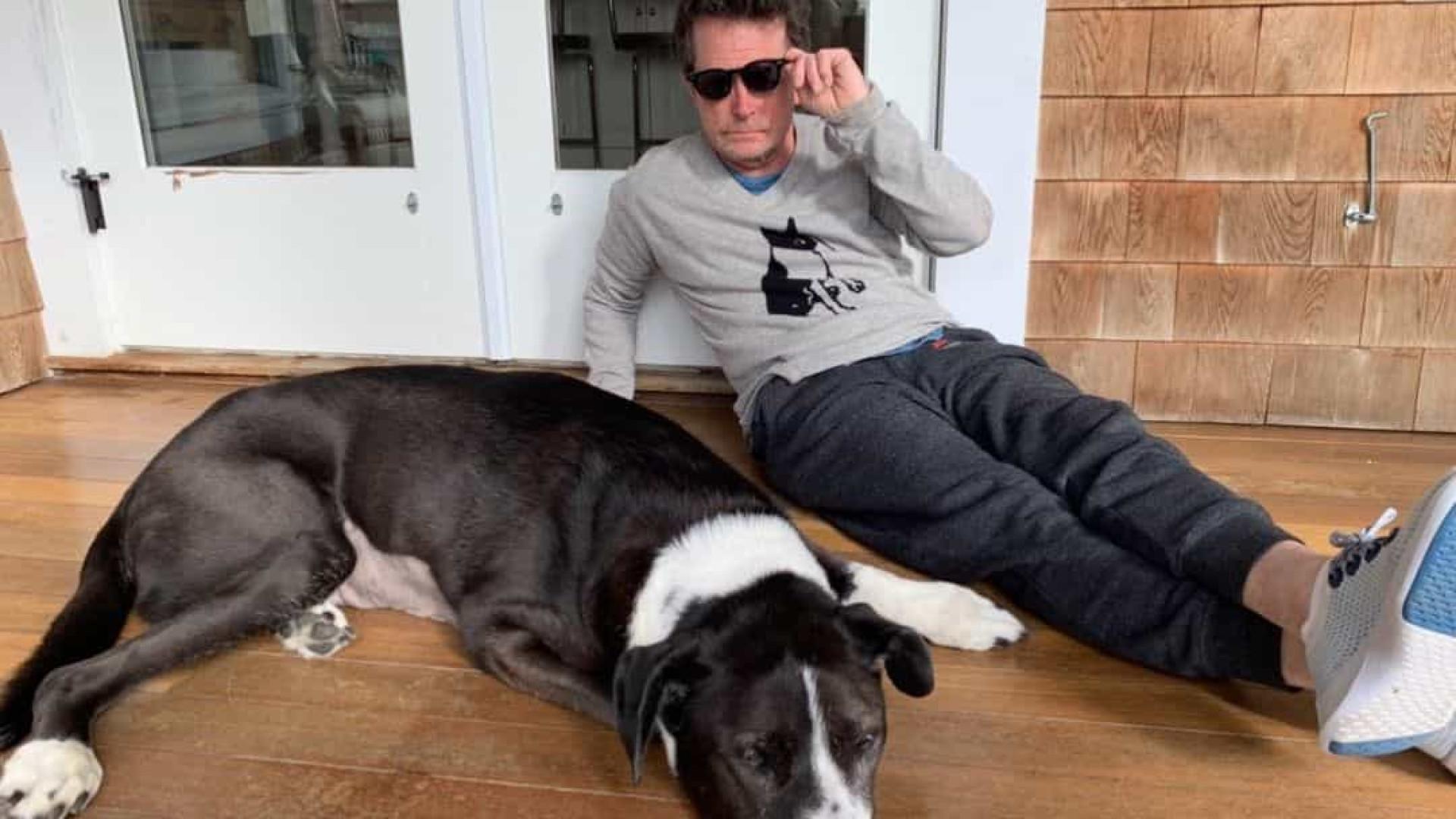 """Michael J. Fox despede-se do cão Gus. """"Amigo leal"""""""