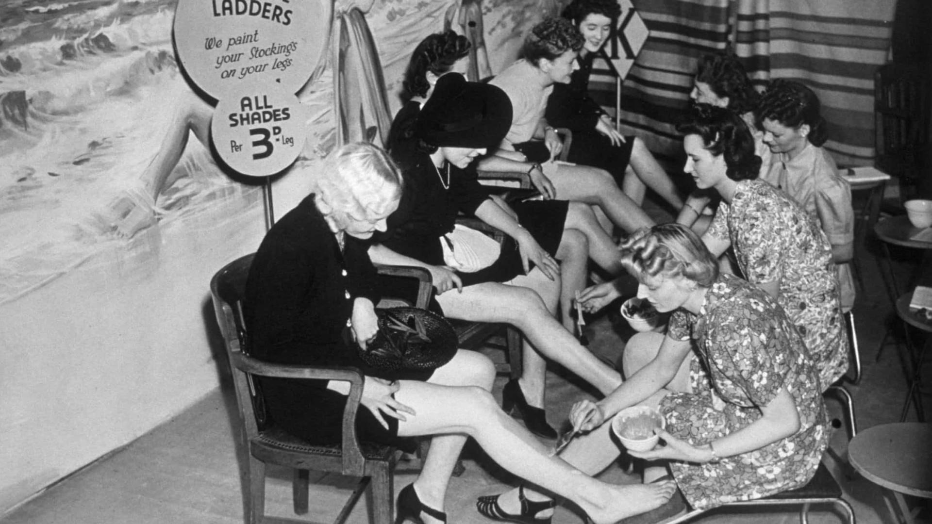 As tendências da moda mais bizarras e perigosas da História