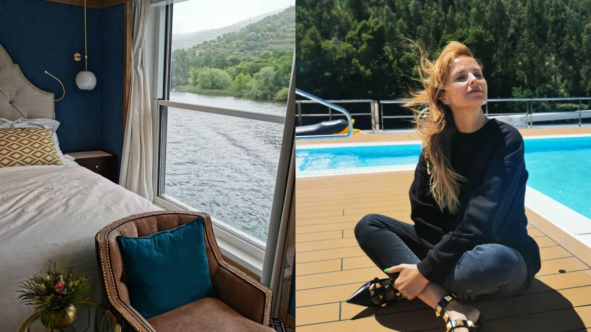 Cristina Ferreira desfruta de cruzeiro no Douro