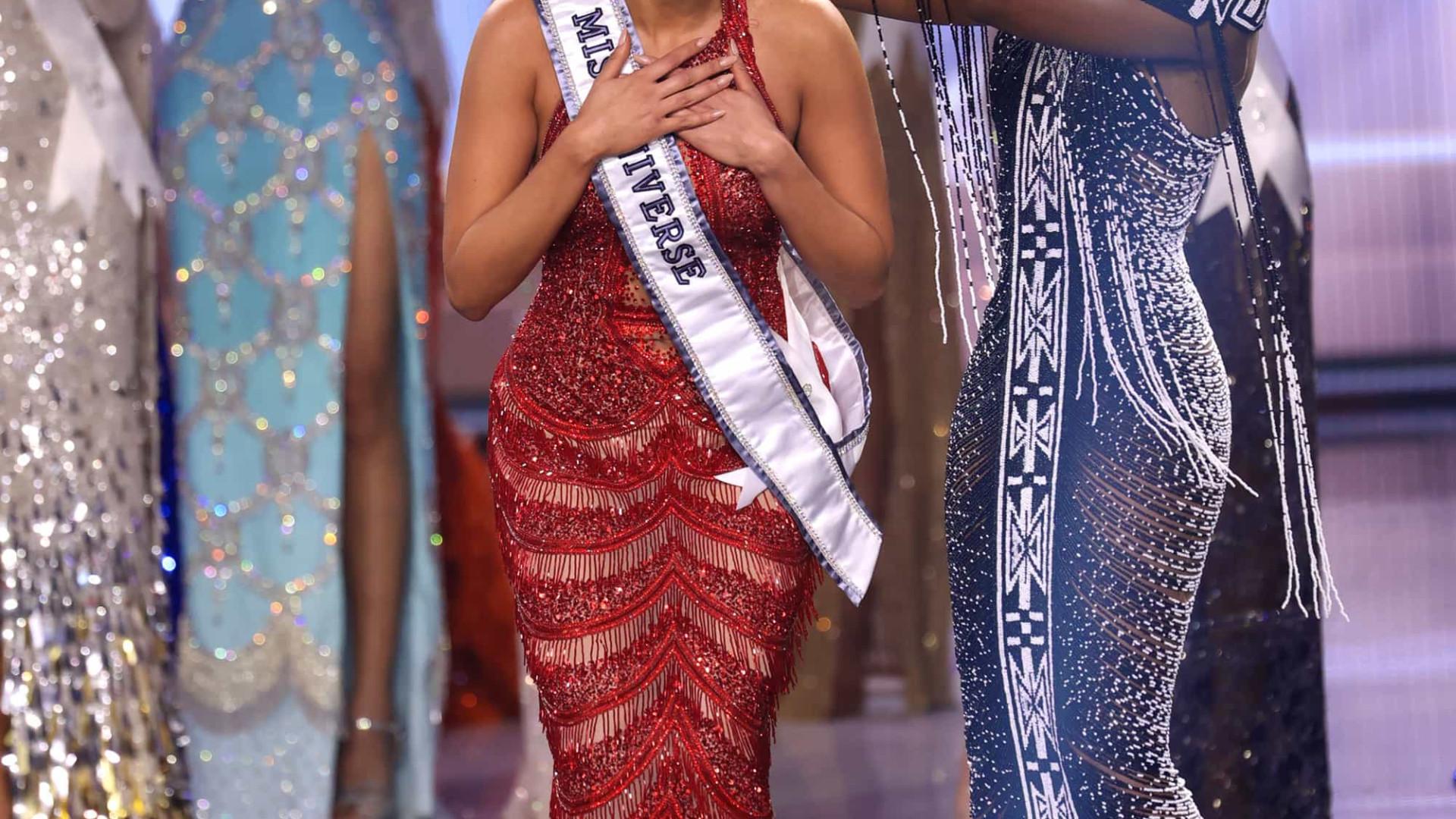 Miss Universo é mexicana, brasileira ficou em segundo lugar