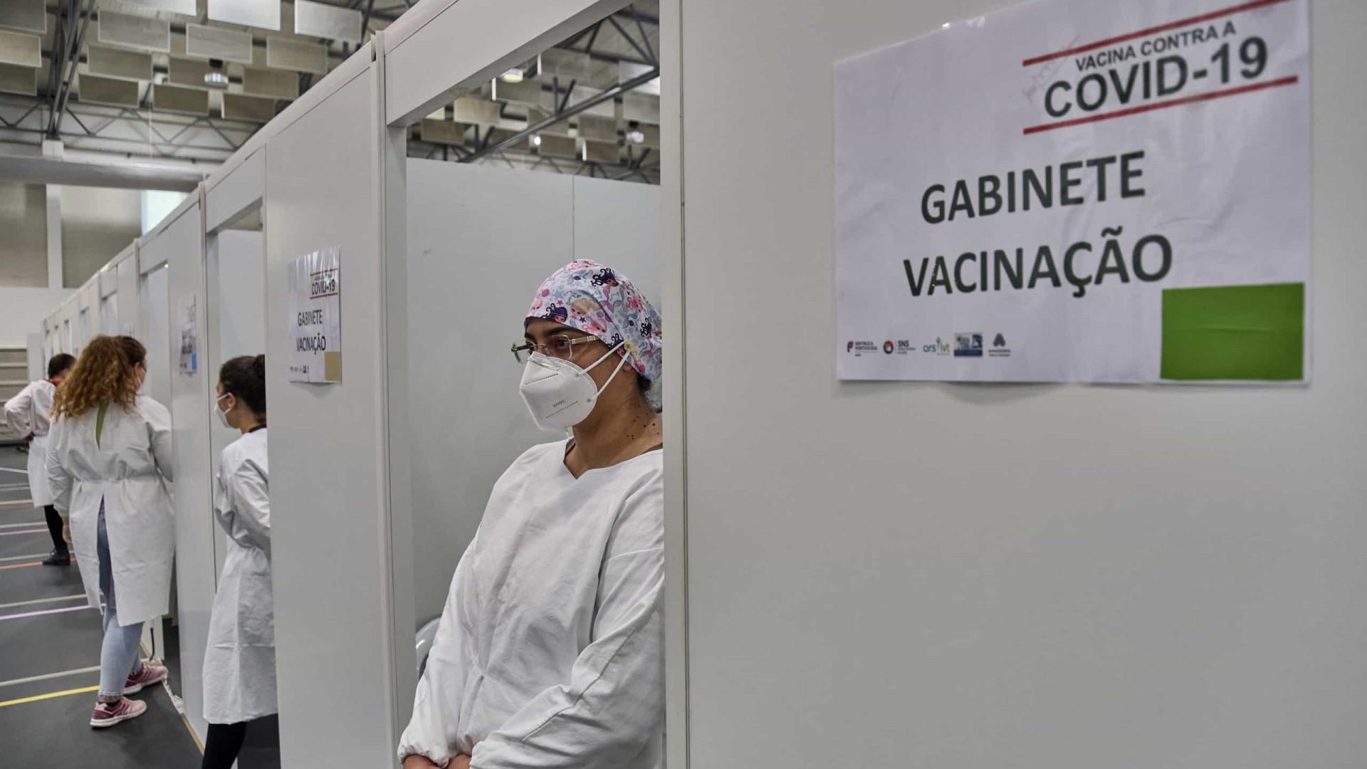 """Centro de vacinação de """"atendimento livre"""" abre segunda-feira em Lisboa"""
