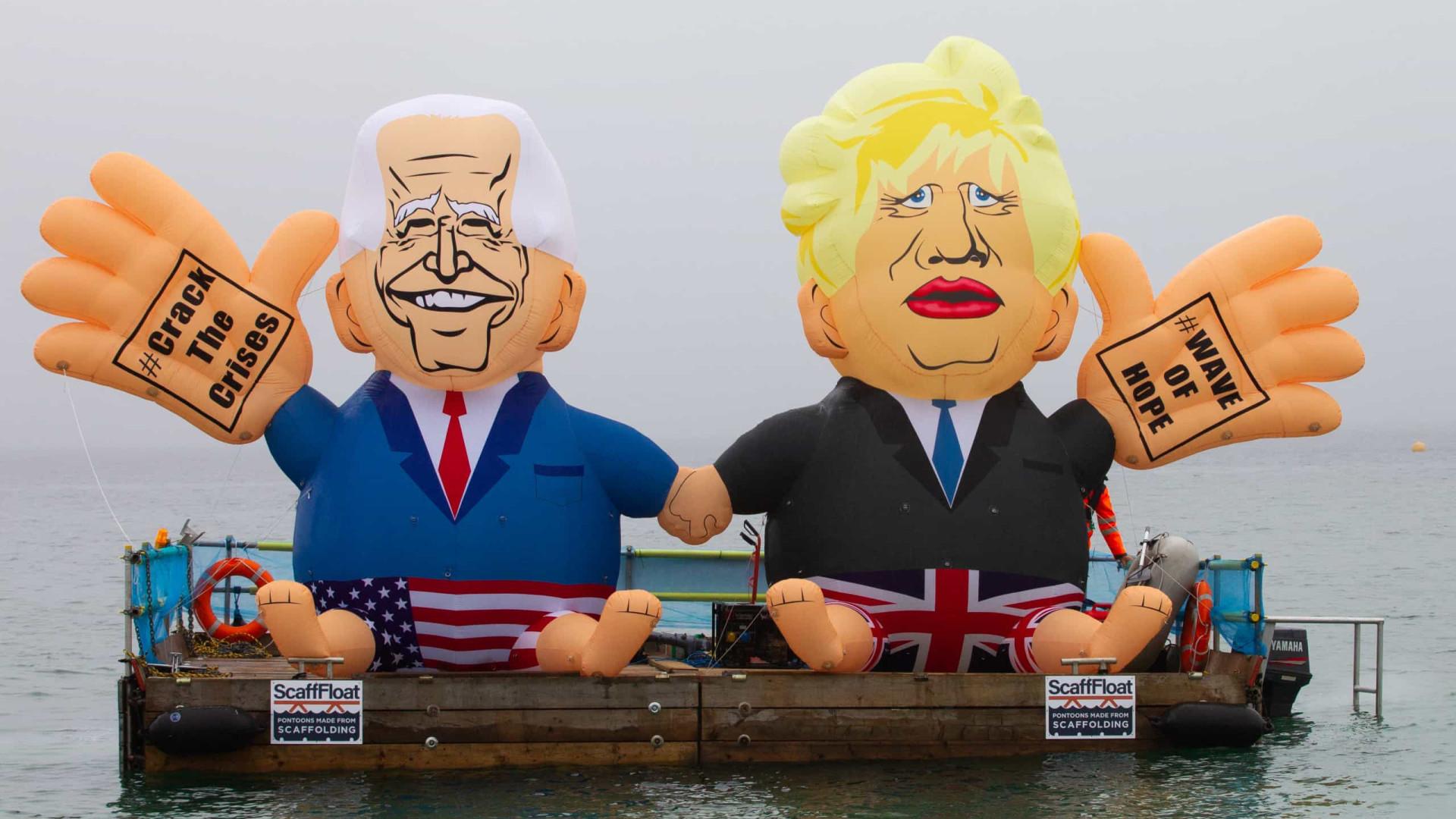 Pikachus, cabeças gigantes e insufláveis. Os ativistas na Cimeira do G7