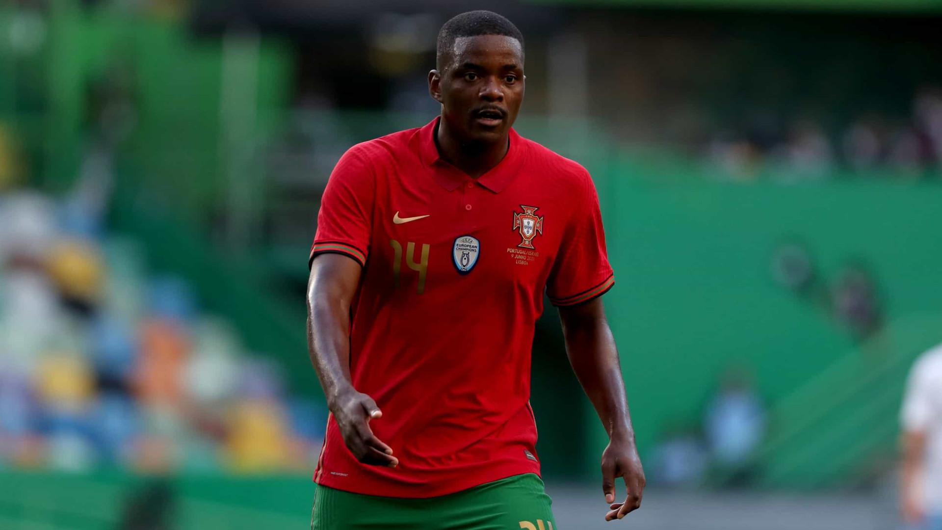 """William Carvalho admite interesse do Benfica: """"Houve essa oportunidade"""""""